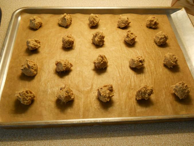 Sušenky z ovesných vloček, hromádky před pečením