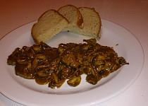Krkovice na žampionech s česnekovo pepřovou štávou (rychlovka)