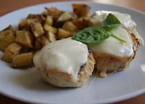 Kuřecí sekaná à la Itálie s rozmarýnovými brambory