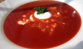 Pikantní polévka z červené řepy - super detox