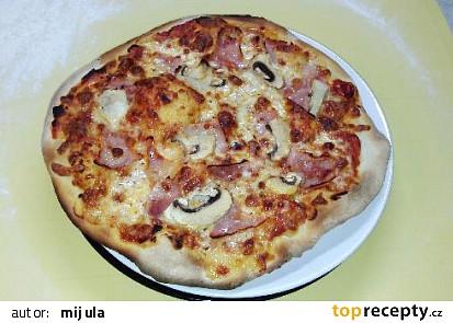Pizza z pomazánkového másla