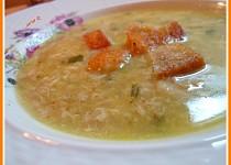 Polévka s kousky masa (podle našich babiček)