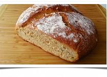 Selský chléb s ječmenem