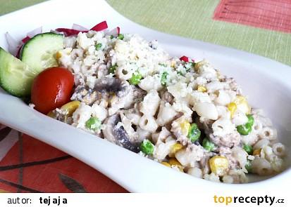 Těstoviny se zeleninou a tuňákem