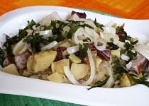 Zapekanec z kysaného zelí, brambor a uzeného masa