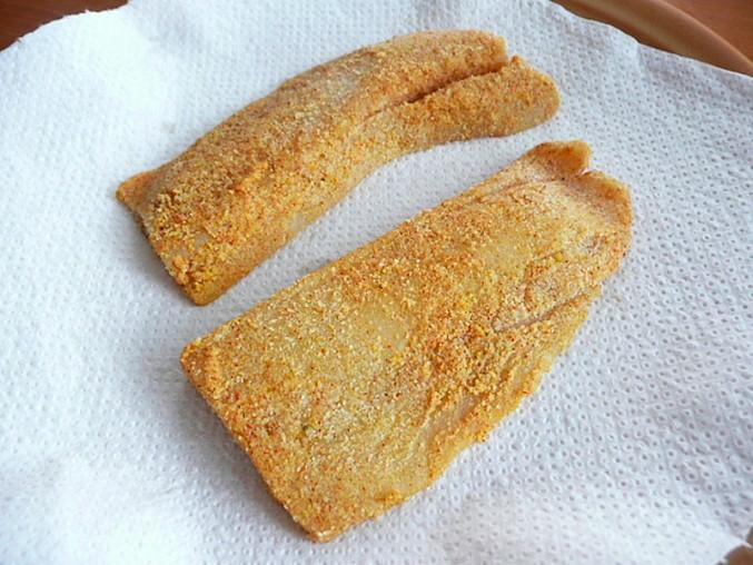 Bezlepková mořská štika v rýžové krupičce(bez vajec), připravené filety
