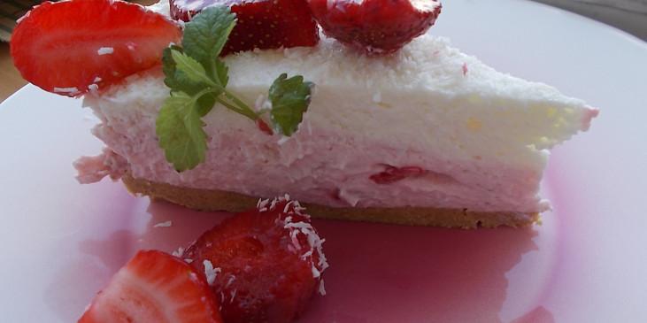Dvoubarevný  (jahodový a  kokosový) nepečený  cheesecake