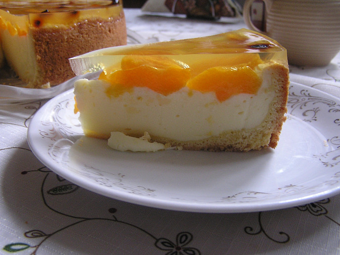 Jarní meruňkový dort