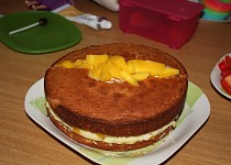Krémový dort s ovocem
