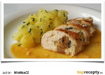 Nadívaná prsíčka s máslovými brambory