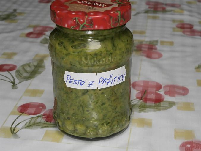 Pesto z pažitky, pesto-2 verze s česnekem