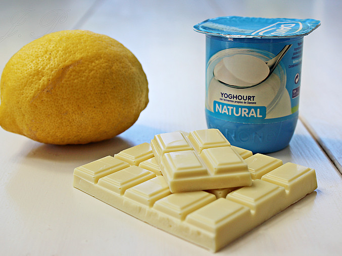 Pistáciový chlebíček s jogurtovou polevou, Suroviny poleva