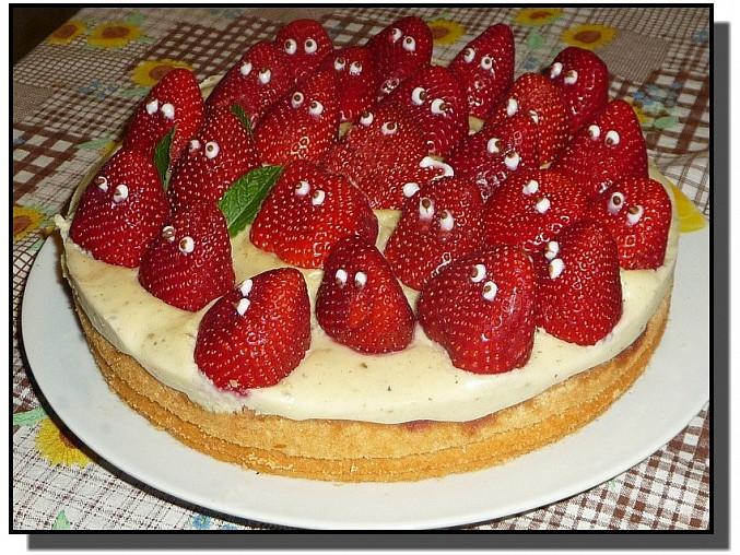 Rychlý jahodový dort  (Jahodoví bubáci)