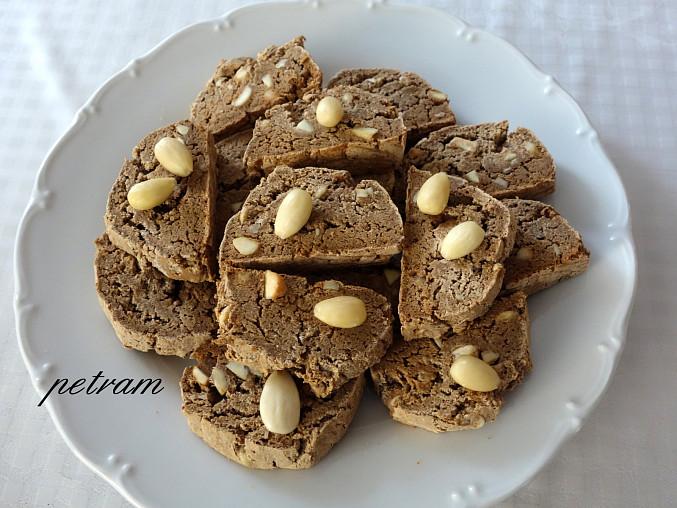 Italské kaštanové sušenky (biscotti) bez lepku, mléka a vajec