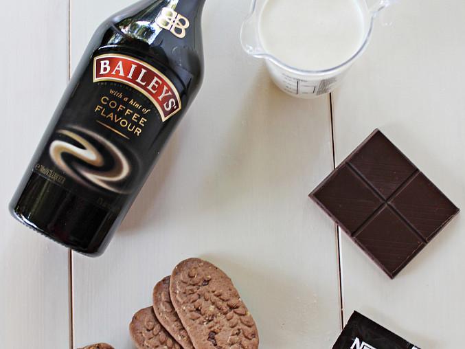 Kávový Baileys krém se sušenkou, suroviny