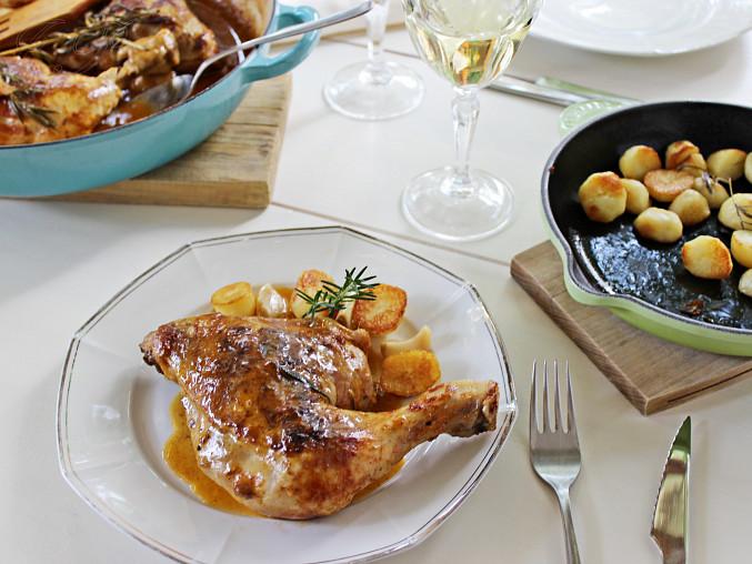 Kuřecí stehna na česneku a rozmarýnu
