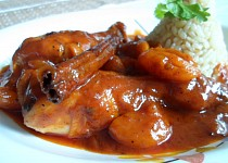 Kuřecí tažín s máslovou rýží