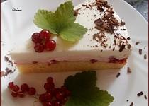 Letní ovocný dort s pudinkovým krémem a italskou šlehačkou