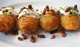 Zapečené brambory s brynzou a smetanou