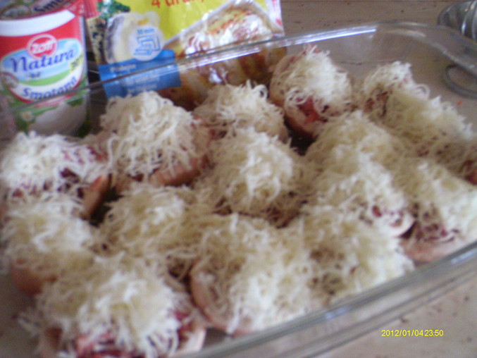 Plněné růžovky se 4 druhy sýra