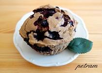 Teffové muffiny s černým rybízem bez lepku, mléka a vajec