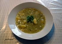 Bramborovo-pórková polévka s česnekem