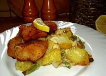 Citronové kuřecí nugetky s fazolkovými bramborami