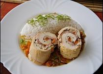 Kuřecí závitky s mrkví a slaninou