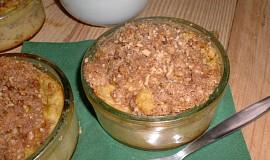 Svačinové jablečné misky s křupavou posýpkou