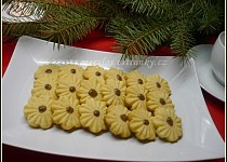 Arašídové cukroví v různých tvarech