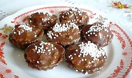 Kakaové košíčky s náplní z bíleho maku