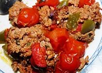 Mleté s paprikou a rajčátky