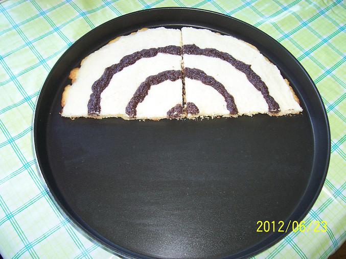 Koláč linecký z asi 300 g těsta
