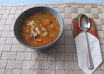 "Portugalská ""kamenná"" polévka"