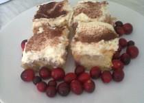 Hníčkový koláč s ovocem