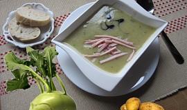 Kedlubnová krémová polévka se šunkovými nudličkami