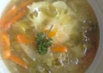"""Ovarová zeleninová polévka se ztraceným vejcem dle hajného ze """"Šlajfu"""""""