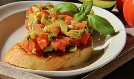Rajčatový tartar (tataráček) na dva způsoby