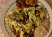 """Vaječná omeleta s topinkou dle hajného ze """"Šlajfu"""""""