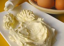 Žloutkový krém pomocí mikrovlnky, na plněni rolád, dortů a  pod.