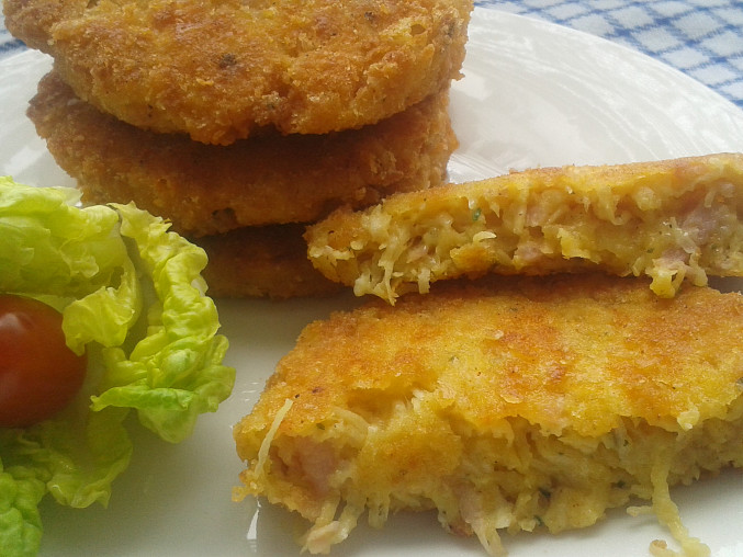 Celerové karbanátky se šunkou a sýrem