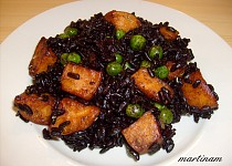 Černá rýže s restovanými batáty