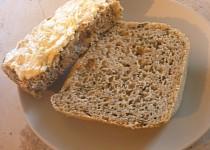 Chléb s medvědím česnekem