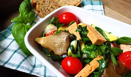 Hlíva se Šmakounem, zeleninou a medvědím česnekem
