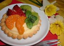 Ovocné koláčky s likérovým pudinkem
