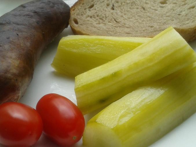 Rychle nakládané salátové okurky