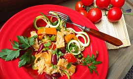 Rýže se Šmakounem, fazolemi a zeleninou