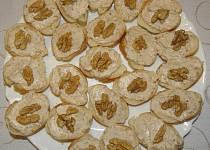 Jednohubky s ořechovou pomazánkou