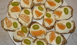 Jednohubky sýrové s ovocem