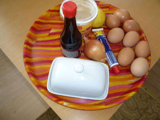 """""""Karlínská"""" plněná vajíčka"""